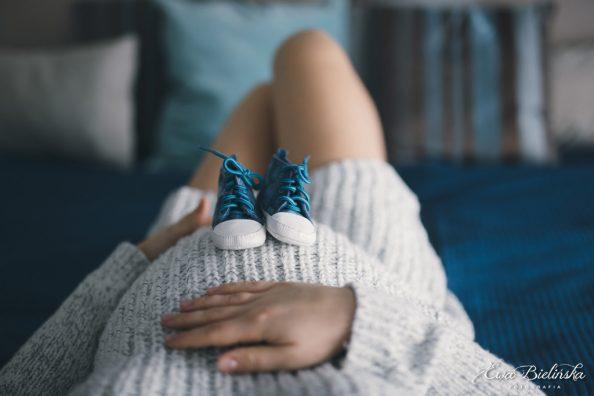 Sesja ciążowa w domu – lifestyle