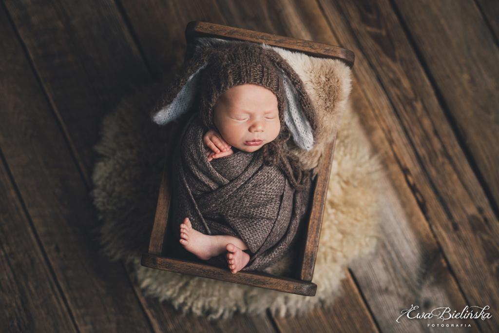 Sesja-noworodkowa-poznan-z-rodzenstwem15